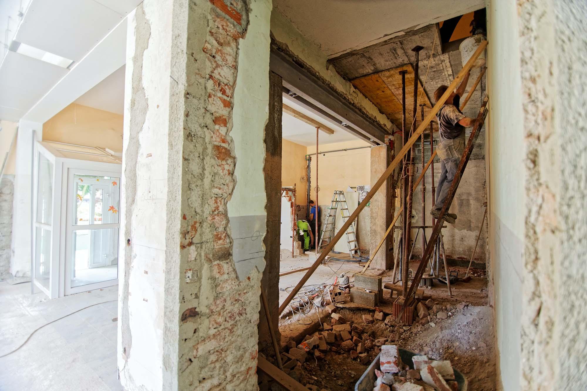 """נגמר באוקטובר 2022: צ׳אנס אחרון לבצע בבניין תמ""""א 38 ולהפוך את ה״דירה המעופשת״ שלנו לנכס מפואר בחינם"""